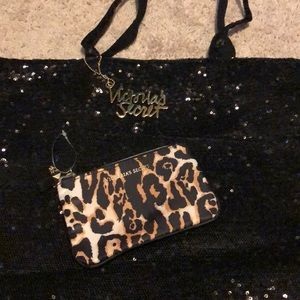 Victoria Secret tote and wristlet combo